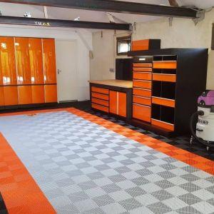 Garages 10