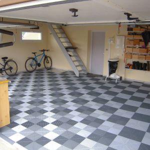 Garages 11