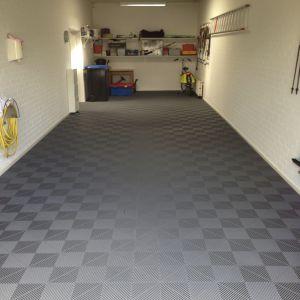 Garages 26