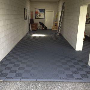 Garages 28