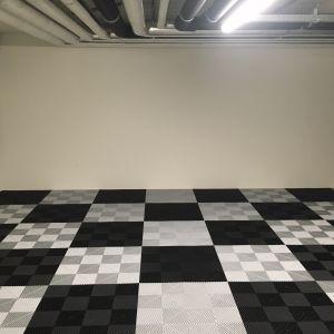 Garages 25